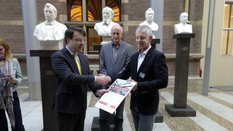 Petitie tegen verbreding: 8.600 handtekeningen